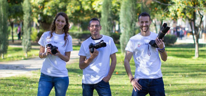 HOW TO FIND A LOCAL PHOTOGRAPHER IN SEVILLE