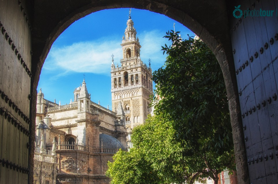 Places of Seville you can't miss during Holy Week if you want to take some awesome pictures